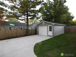 $214,900 - Bungalow for sale in Brights Grove Sarnia Sarnia Area image 4