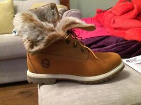 Timberland women's/femmes shoes size7