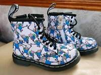 Kids Dr Martin's Boots size 5.5