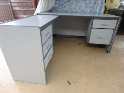 Office Desk With Drawers Second Hand