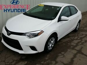 2015 Toyota Corolla CE LIKE-NEW SMALL WITH FACTORY WARRANTY AND