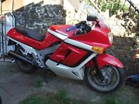 Beautiful red Kawasaki ZX10 motorbike lot's of exras,petrol tank paintwork not so good at the front.