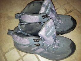 Women's Regatta Walking Boots, Size 4