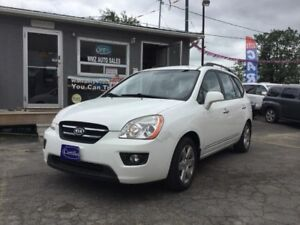 2009 Kia Rondo EX LOW KMS!!!!  ONE OWNER!! CERTIFIED!!!