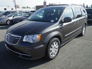 2016 Chrysler Town & Country Touring  Hail Special BUY
