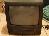 Small MATSUI portable combination TV/ Video Player