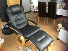 BLACK LEATHER RECLINER SEAT WITH FOOTSTOOL