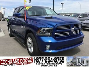 2016 Ram 1500 Sport Crew w/HEATED SEATS AND BACK-UP CAMERA!