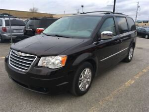 2010 Chrysler Town & Country Touring 87000km certifié
