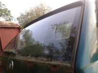BMW E30 320 318 REAR GLASS FROM TAILGATE ESTATE TOURING