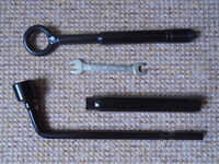 TOOL KIT for a 2013 - 2015 KIA SORENTO in its ORIGINAL HOLDER, MAY BE USED WITH OTHER KIA MODELS