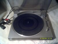 SONY TURNTABLE PS LX 20 . DIRECT DRIVE AUTOMATIC TURNTABLE . In PERFECT CONDITION ++++