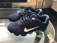 Nike Air Vapomax (navy blue-unworn) Size 11