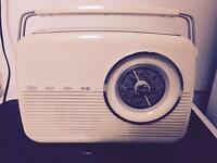 Bush retro style radio