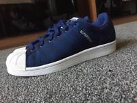 Adidas superstar trainer, size U.K.6
