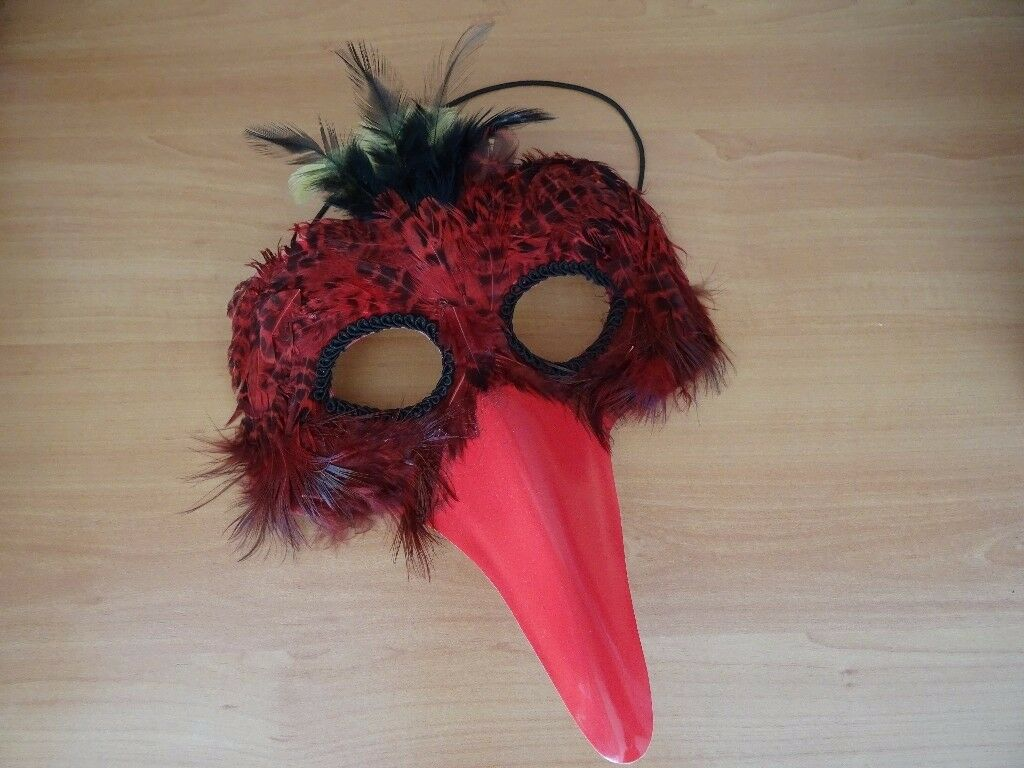 CARNIVAL MASQUERADE BALL MASK - RED FEATHERED BIRD WITH BEAK - ON ELASTIC
