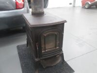 vermont castings wood burning stove 2ft long 1 ft wide very good stove £150