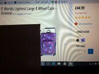 World's Lightest Large 4 Wheeled Case