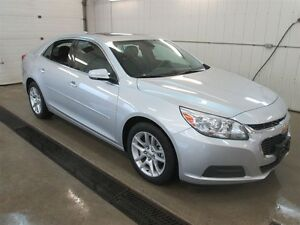 2015 Chevrolet Malibu 1LT, Power Sunroof, Rear View Camera, 7 Co