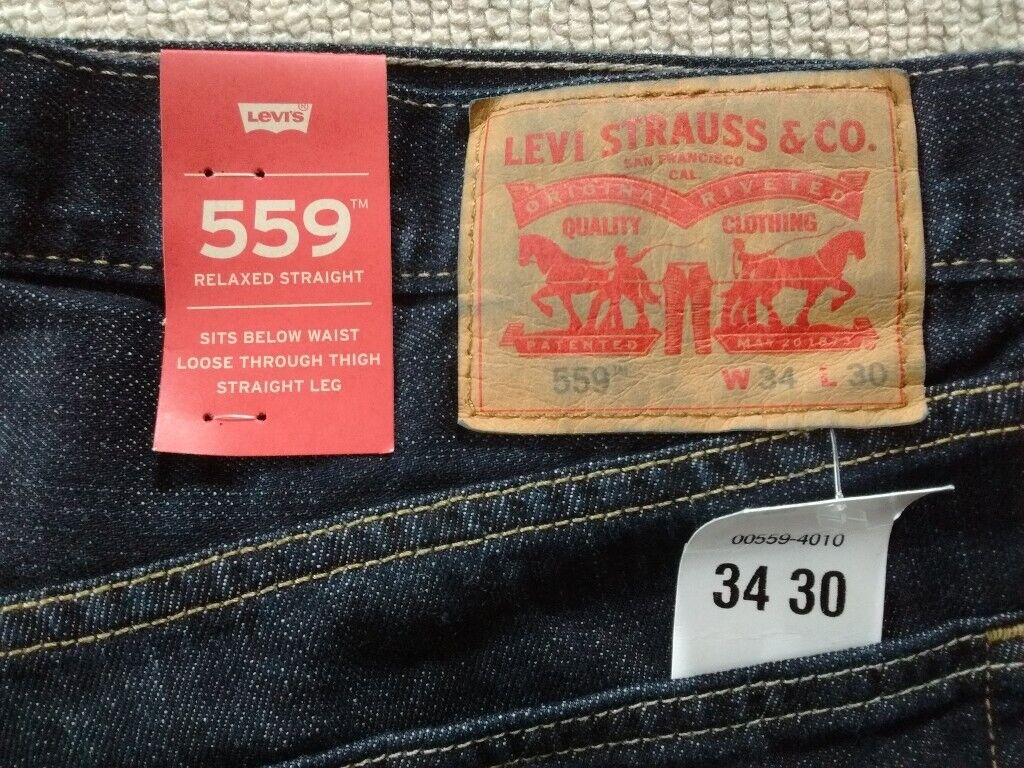 889410901df Levis 559 Relaxed Straight Leg Men's Jeans. W34 L30. Dark Blue Denim. New  with tags.