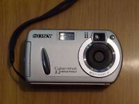 Sony Cyber Shot DSC P32 Digital Camera Compact