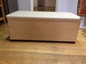 Ottoman - basket weave with padded top