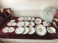 Warring and gillow porcelain plates