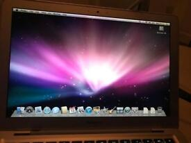 "Macbook Air 13"" (A1237). 1.6 GHz Intel Core 2 Duo. 2GB RAM. 80GB HDD"