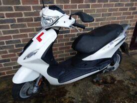 2016 Piaggio Fly 50 4T scooter. Excellent condition only used for local commuting.