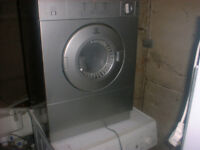 3 KG INDESIT Front Vented Tumble Dryer-- Silver.