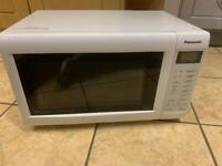 Combination microwave/oven/grill