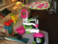 Smart Trike Children trike/ bicycle NW6 excellent condition as new