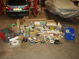 JOB LOT OF ELECTRICAL ITEMS