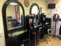 BARBER and HAIRDRESSER Chair to rent in a busy SALON, Uxbridge Road