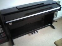robertson digital piano 220 exellent condition original price £640 sale for £320