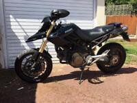 Ducati hypermotard 1100s (rare black)