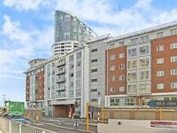 2 bedroom flat in The Round House, Portsmouth, PO1 (2 bed)