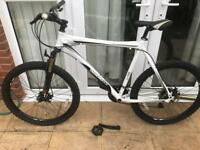 Diamond back outlook pedal bike mountain bike downhill enduro Carrera giant gt