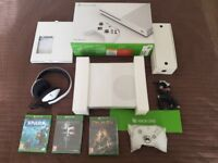 Xbox One S 500GB NEW, with games and headset