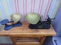 2 SETS OF VINTAGE WEIGHING SCALES AND BRASS PAN. NO WEIGHTS.£5 EACH OR £8 FOR BOTH SETS