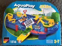 Aqua play Lock Box