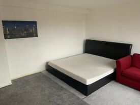 !!! Nice double bedroom available 10 min walk from city centre!***