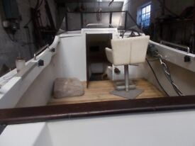 19ft fast fishing boat in grp