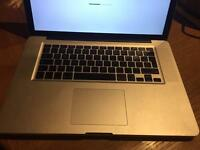 "Apple MacBook Pro 15"" core i5, ram 4gb, Hdd 320gb"