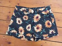 Flower detail shorts