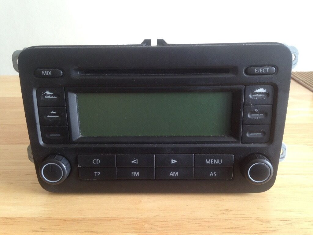 VW RCD300 CAR STEREO RADIO CD PLAYER GOLF MK5, PASSAT, JETTA, CADDY