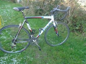 trek madone road bike