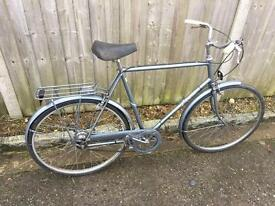 "Raleigh Gents town bike. 23.5"" Frame, Serviced, Free Lock, Lights, Ddlivery"