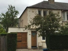 Two Bedroom House–Fresh & bright with off-street parking, garage & garden (25 mins walk from town)