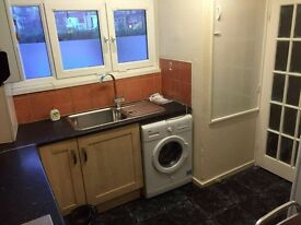 FANTASTIC SINGLE ROOM WITH BUNK BED IN LEYTON! JUST £100 PER WEEK ALL INCL. 2 WEEKS DEPOSIT!